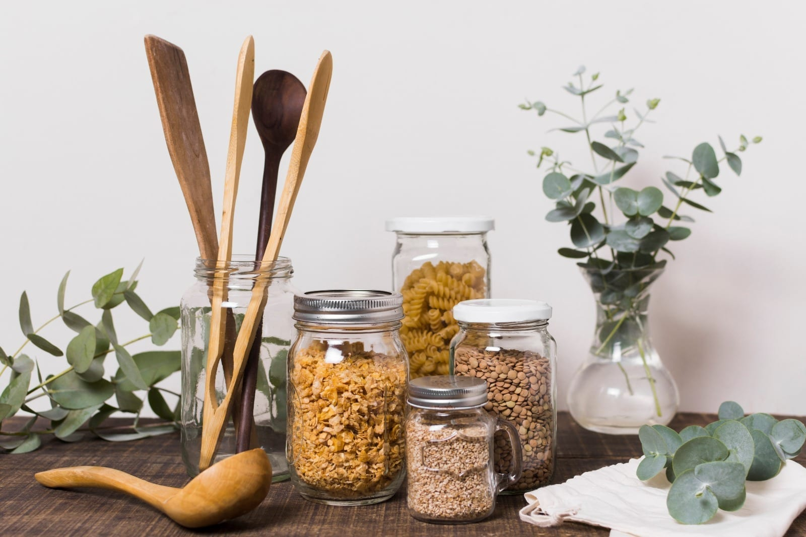 REVOLVE - use your own container - buy in bulk - zero waste